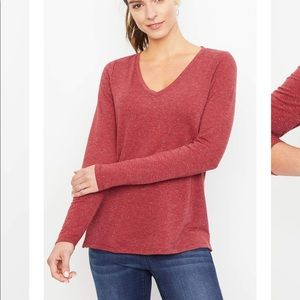 A pea in the pod nursing zip long sleeve top